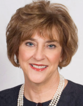 Photo of Pam Quinn smiling