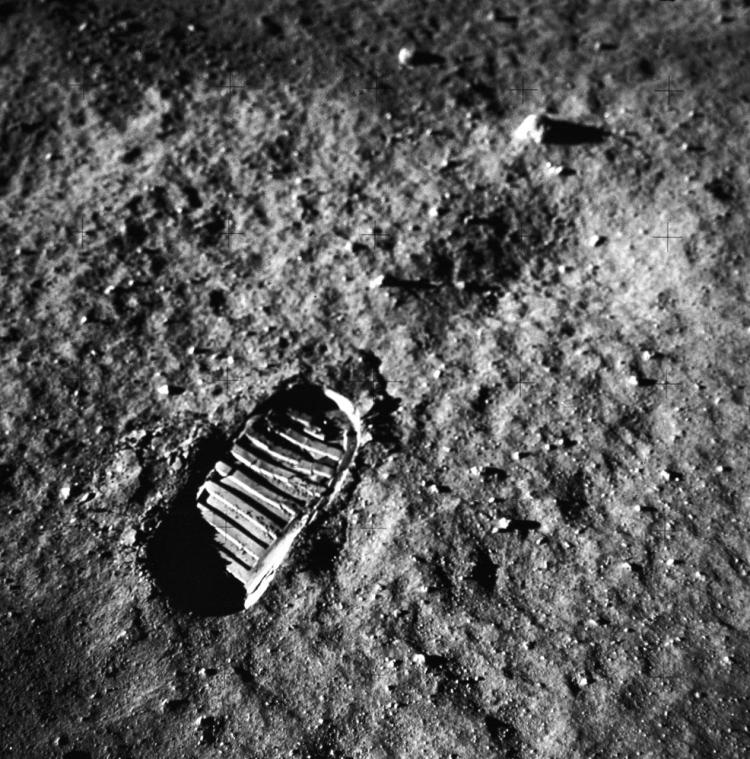 Photo of the first footprint from mankind on the moon